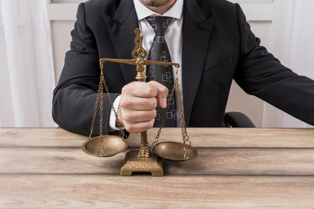 lawyer-with-weighing-scales